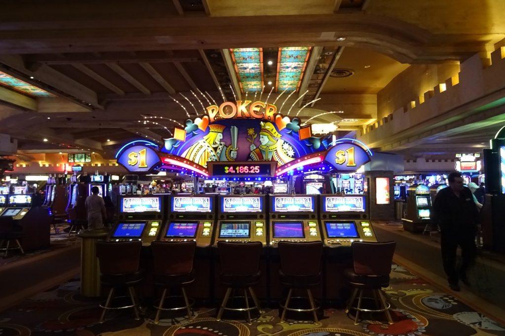 Idade para apostar nos cassinos em Las Vegas
