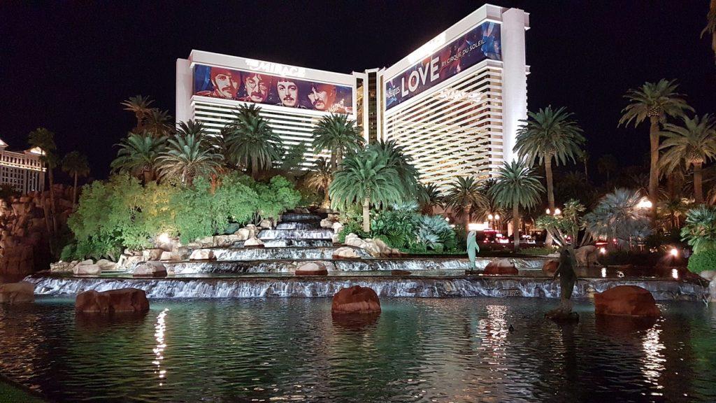 Hotéis com espetáculos noturnos em Las Vegas